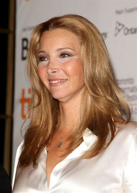 """Lisa Kudrow Photos Photos - """"Love And Other Impossible"""